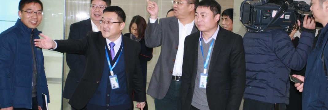 绍兴市委副书记市长俞志宏领导一行考察我司